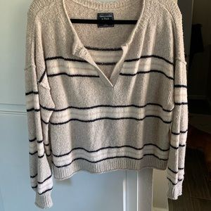 Abercrombie Fall Sweater🍁